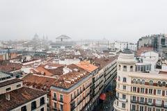 Horizonte de un centro de ciudad histórico europeo Imagen de archivo libre de regalías
