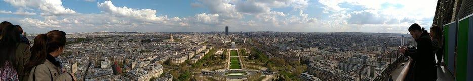 Horizonte de una ciudad hermosa fotografía de archivo libre de regalías