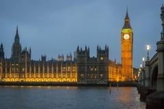 Horizonte de Westminster en la oscuridad Imágenes de archivo libres de regalías