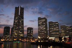 Horizonte de Yokohama en la oscuridad Imagen de archivo