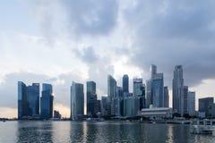 Horizonte del distrito financiero de Singapur Foto de archivo
