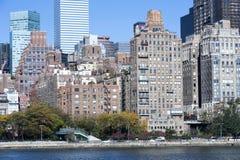 Horizonte del Midtown de Manhattan en la salida del sol New York City Imagen de archivo libre de regalías