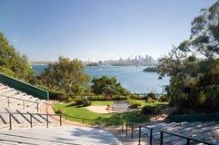 Horizonte del PARQUE ZOOLÓGICO y de la ciudad de Sydney Fotografía de archivo