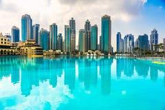 Horizonte del puerto deportivo de Dubai, UAE Foto de archivo libre de regalías