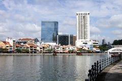 Horizonte del río y de la ciudad de Singapur Fotos de archivo libres de regalías