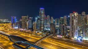 Horizonte fantástico del tejado del timelapse del puerto deportivo de Dubai metrajes