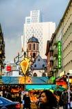 Horizonte Frankfurt-am-Main Alemania de la ciudad durante la Navidad fotografía de archivo libre de regalías