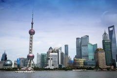 Horizonte hermoso de Shangai Pudong en la oscuridad Fotografía de archivo libre de regalías