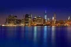 Horizonte Nueva York NYC LOS E.E.U.U. de la puesta del sol de Manhattan Foto de archivo libre de regalías
