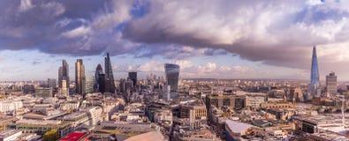 Horizonte panorámico de Londres con el distrito del banco Fotografía de archivo libre de regalías