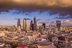 Horizonte panorámico de Londres con el distrito del banco Imágenes de archivo libres de regalías