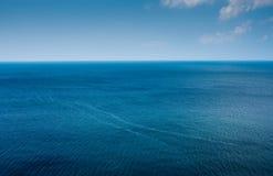 Horizonte simples do oceano imagens de stock