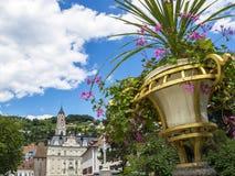 Horizonte urbano hermoso de Merano, el Tyrol del sur, Italia foto de archivo