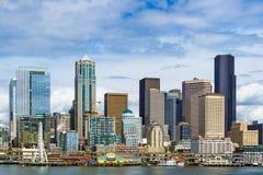 Horizonte y costa, día de Seattle imagen de archivo