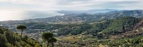 Horizonte y costa de Barcelona Fotografía de archivo libre de regalías