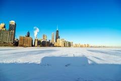 Horizonte y lago congelado Imágenes de archivo libres de regalías