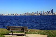 Horizonte y parque de Seattle. Imágenes de archivo libres de regalías