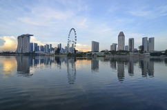 Horizonte y río de Singapur Imagenes de archivo