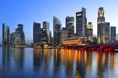 Horizonte y río de Singapur Imágenes de archivo libres de regalías