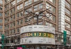 Horloge Alexanderplatz Berlin du monde Photo libre de droits