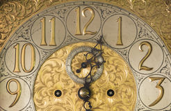 Horloge antique fleurie photos libres de droits