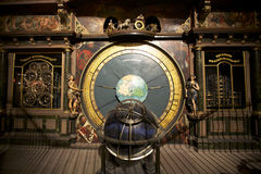 Horloge astronomique dans la cathédrale de Strasbourg Photos stock