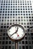 Horloge au centre de Londres Photographie stock libre de droits