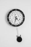 Horloge avec des vitesses Photo stock