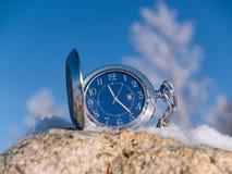 Horloge bij de winter Stock Foto's
