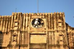 Horloge cassée au fort de Bhadra, Ahmedabad Images libres de droits