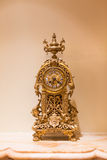 Horloge d'or Images stock