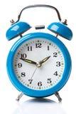 Horloge d'alarme bleue Images stock