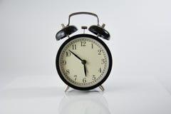 Horloge d'alarme noire Image libre de droits