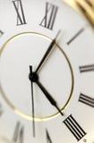 Horloge dans la fin vers le haut Image stock