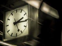 Horloge dans la station de train Image libre de droits