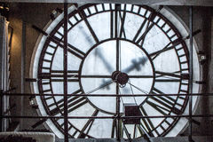 Horloge dans la tour Photos libres de droits