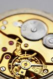 Horloge dat op witte backgr wordt geïsoleerdi Stock Fotografie
