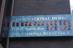 Horloge de dette nationale photographie stock libre de droits
