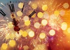 Horloge de ` de douze o - la veille du ` s de nouvelle année Image stock