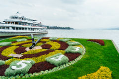 Horloge de fleur de Zurich photos libres de droits