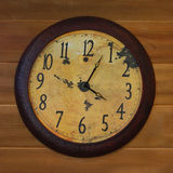 Horloge de mur Antiqued Photos libres de droits