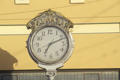 Horloge de rue antique, Lompoc, CA Photos stock