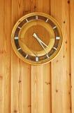 Horloge en bois Image libre de droits
