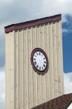 Horloge en bois de tour photo stock