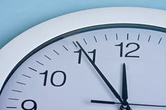 Horloge et argent Images libres de droits