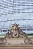 Horloge et statue sur la station centrale grande à New York City Image libre de droits