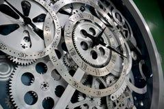 Horloge et trains Images libres de droits