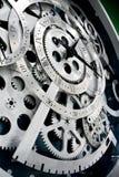 Horloge et trains Photo stock