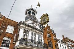 Horloge historique de palais de corporations de Guildford photo stock