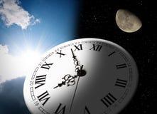 Horloge, lune et soleil Photos stock